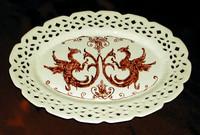Piatto ovale con draghi