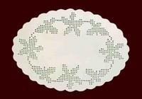 Piatto ovale con Violette in bianco